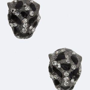 Leopard head stud earring